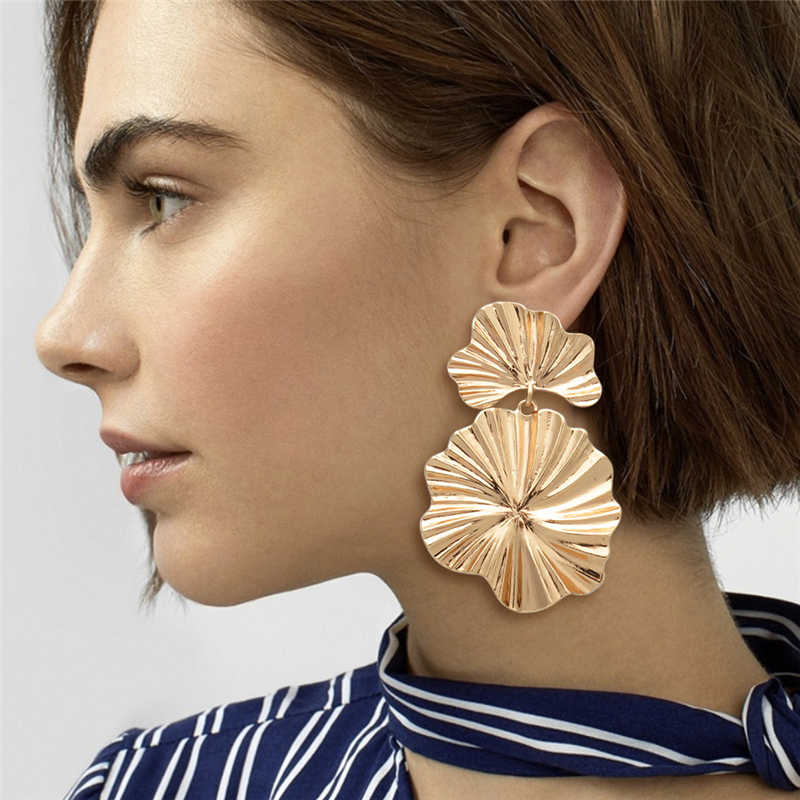 Geometric Leaf Shape Big Drop Earrings for Women Statement Leaves Dangle Bohemia Flower Fashion Steampunk Earrings Metal