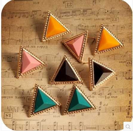 2019 cheap jewelry wholease European Simple Design Gold Color Alloy Triangle Stud Earrings Geometric Earring for Women Jewelry