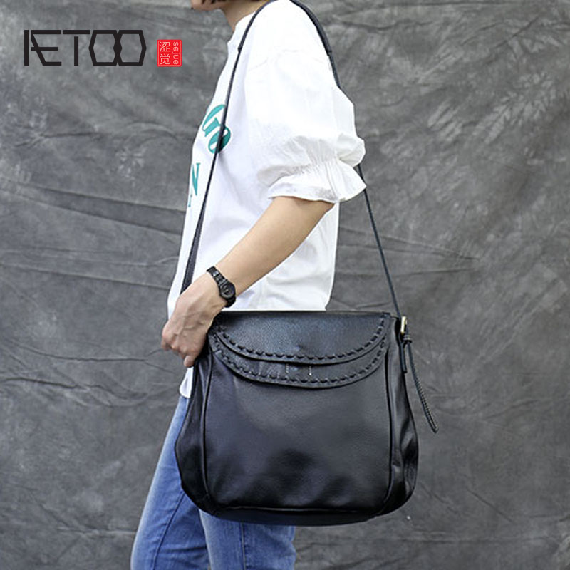 AETOO Original hand first layer of leather ladies shoulder Messenger bag leather car suture large bag aetoo first layer of leather korean version of the tide ladies oil wax leather handbag ladies shoulder messenger bag