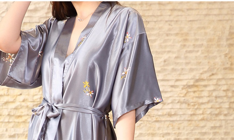 Floral Robe 2018 Spring Summer Sexy Women Long Silk Robe Female Bath Robe  Bathrobes For Bridesmaids Sleepwear HTB15xhTalfM8KJjSZFrq6xSdXXaU ... 0b9f734a2