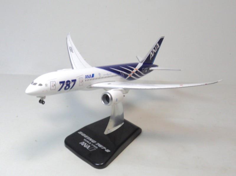 цена  Hogan 1:400 ANA 787-8 ja802a aircraft model aircraft flying dream ana.  онлайн в 2017 году