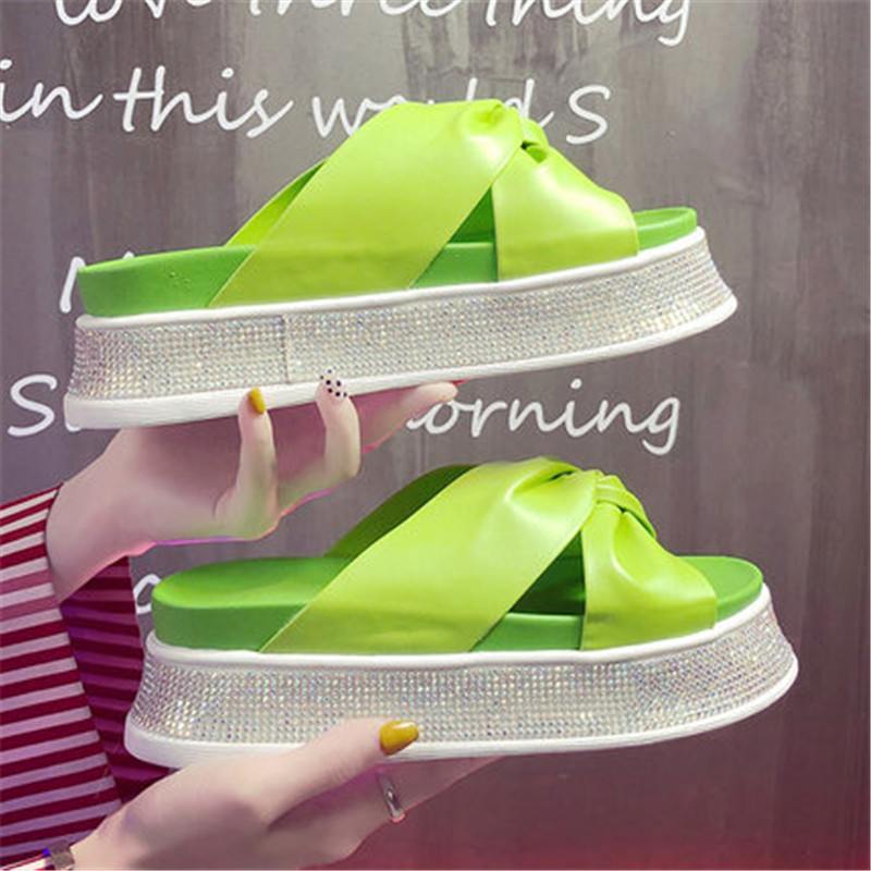Sexy Rhinestone sandals Summer Women slippers Open toe Platform Casual shoes Ladies Outdoor Beach flip flops Female Slides GirlSexy Rhinestone sandals Summer Women slippers Open toe Platform Casual shoes Ladies Outdoor Beach flip flops Female Slides Girl
