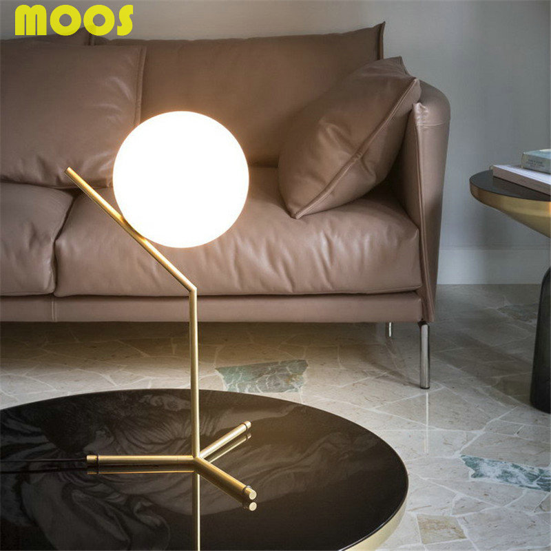 ФОТО Modern Nordic Creative Table Lamps Round White Glass Shade Table Lamparas Golden Metal Stick Bedside Adornment  Lighting