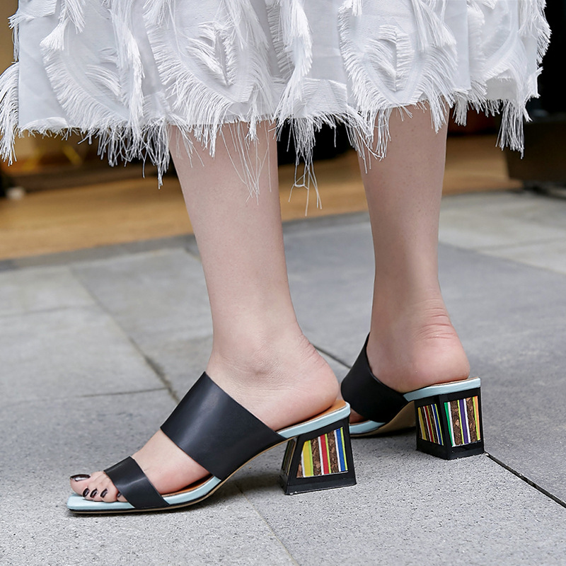 2019 summer new style open toe one-color color square thick with color matching women wear elegant ladies sandals and slippers2019 summer new style open toe one-color color square thick with color matching women wear elegant ladies sandals and slippers