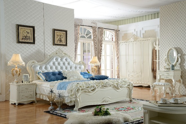 Fashion Romantic European Royal Style Purple Color Solid Wood Hand Carved  Modern Bedroom Furniture Set
