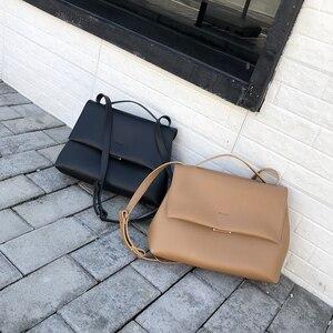 Image 2 - Causale Totes Tassen Vrouwen Grote Capaciteit Handtassen Vrouwen Pu Schouder Messenger Bag Vrouwelijke Retro Dagelijks Bakken Dame Elegante Handtassen