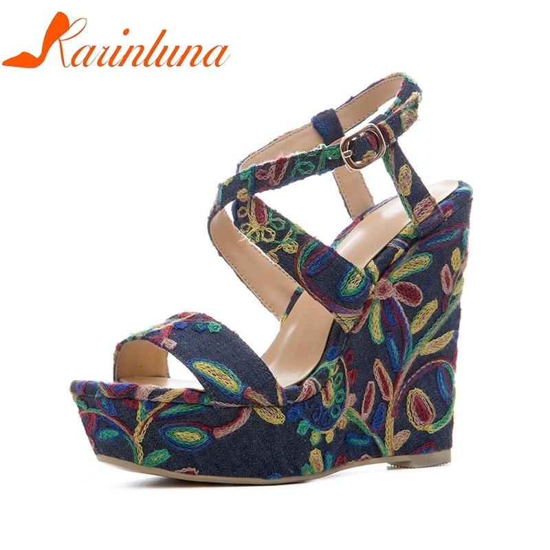 470b36803c3 Mujeres Flores Karinluna Tacones Zapatos Cuñas Tamaño Azul Mujer Verano 41  De Bordado Marca 34 Sandalias 2019 Plataforma CgCcPpZv