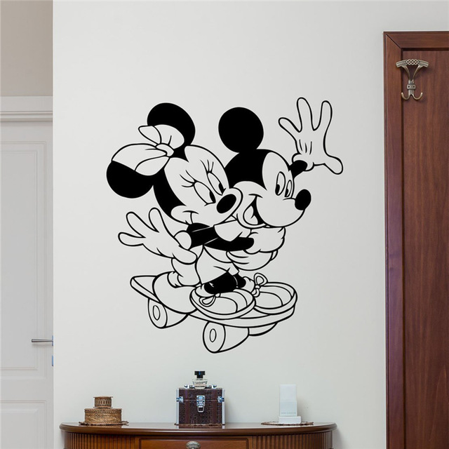Mickey Mouse Minnie Mouse Vinyl Wall Decal Sport Skateboarding Girl Kids Cartoons Baby Girl Boy Kids Room Wall Sticker