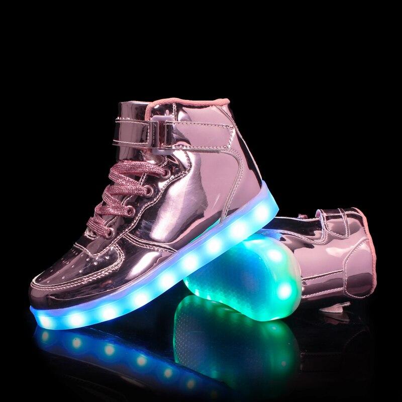 Мальчики девочки 7 Цвета высокие LED Shoes for kids White черный Светящийся Light Up Shoes Плоские СВЕТОДИОДНЫЕ Световой Shoes chaussure дети