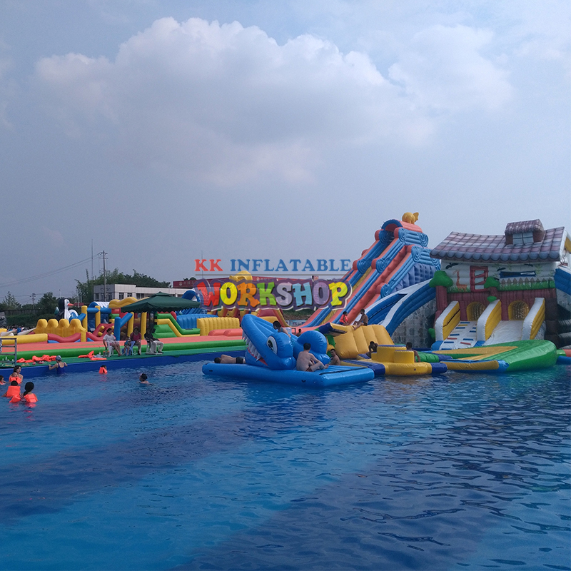 The most fun inflatable pool paradise