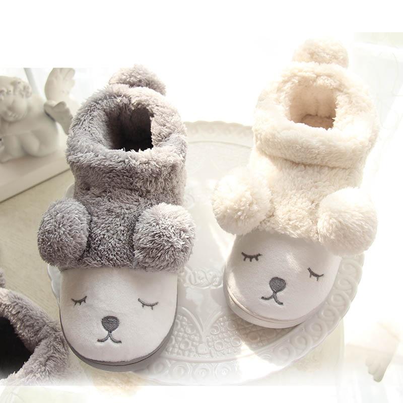 น่ารักการ์ตูนหมีฤดูหนาวผู้หญิงผู้ชายคู่ที่อบอุ่นหรูหรารองเท้าแตะบ้านสำหรับในร่มบ้านห้องนอนตุ๊กตา Pantufa