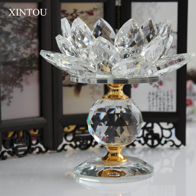 Xintou Crystal Glass Block Lotus Flower Metal Candle Holders Feng