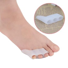 1 Pair Silicone Gel Foot Fingers Two Hole Toe Separator Thumb Valgus Protector Bunion Adjuster Bunionette Pad недорого
