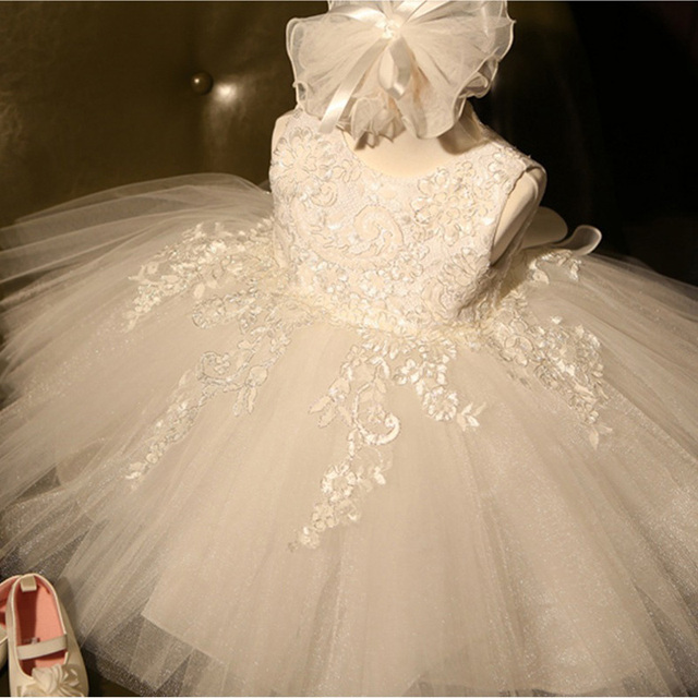 Retail White First Communion Dress Girl 2017 Tulle Lace Infant Toddler Pageant Flower Girl Dresses for Weddings Party L-116