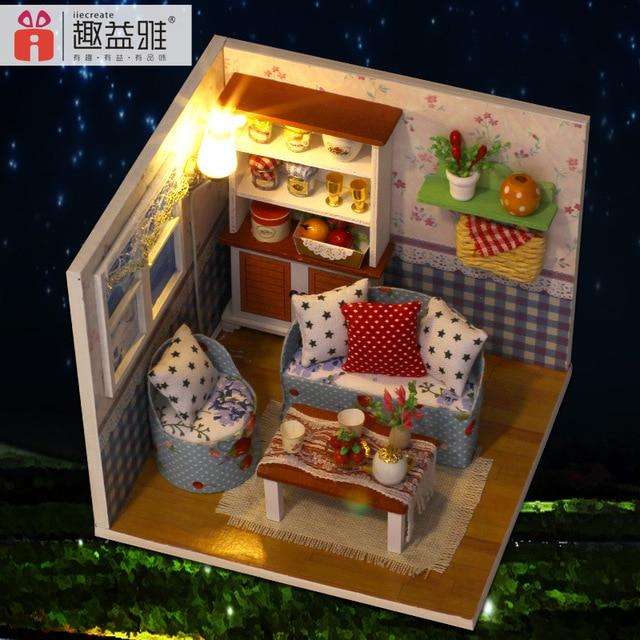 US $18.99 |M004 FAI DA TE In Miniatura casa di bambola di legno Mobili  soggiorno Giocattolo Miniatura (mobili, Luce, parapolvere) disegno camera  ...