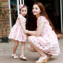 The new 2016 parent child outfit sundress and short sleeved summer dress