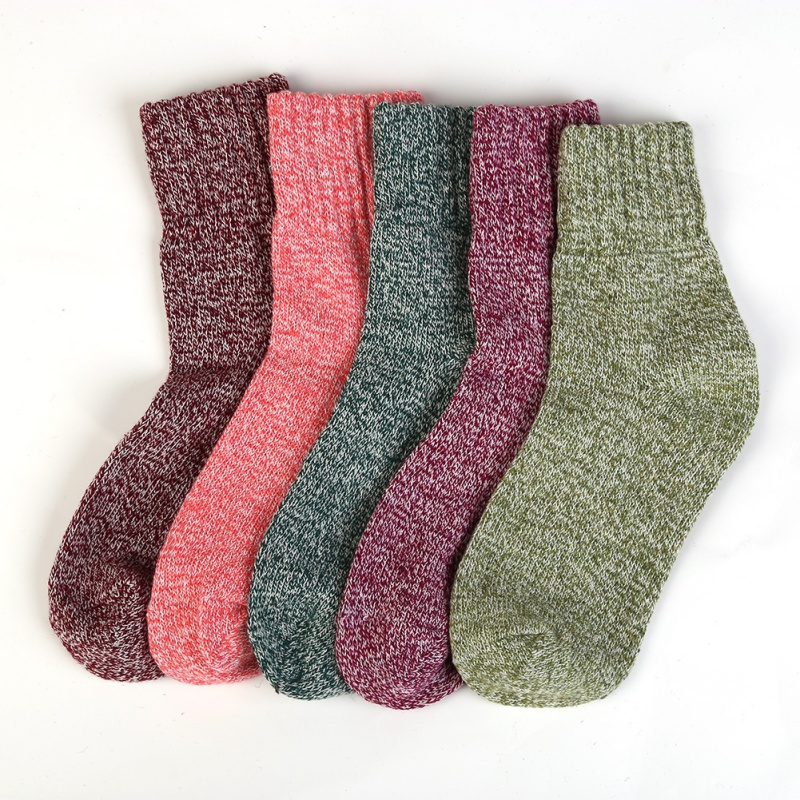 Christmas Women Brand Long harajuku Boot Socks Fashion Shining Socks Autumn Winter Thickened Knitted Thermal