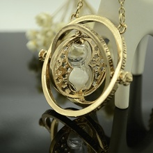 Lackingone Fashion 1PC Harry Potter Time Turner Necklace Hermione Granger Rotating Spins Gold Hourglass(China (Mainland))