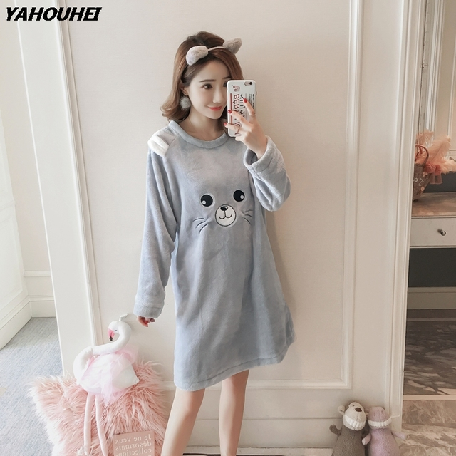 8c3b873104 2018 Winter Girls Cute Cartoon Thick Warm Flannel Nightgowns for Women Long  Sleeve Coral Velvet Night