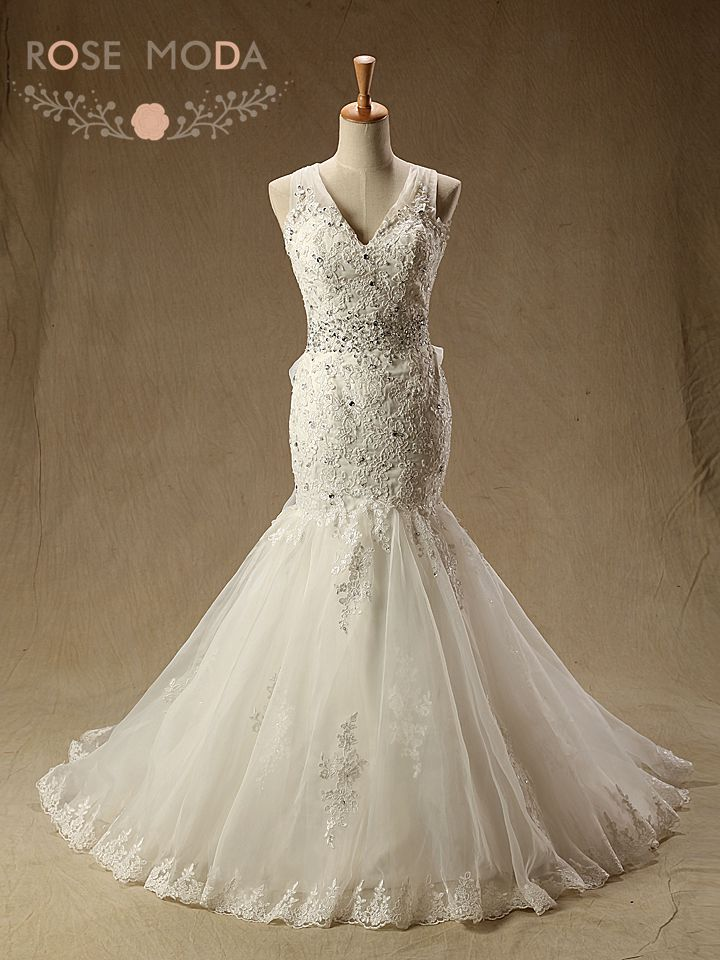V Neck Lace Mermaid Wedding Dress with Criss Cross Back Destination Bridal Gown
