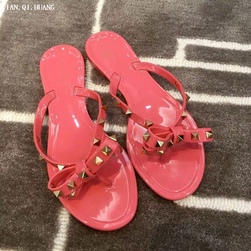 2017 Summer Casual Style Jelly Shoes Women Sandals Flats Rivet Slippers Fashion Woman Shoes Size 36-41 TIAN.QI.HUANG Brand