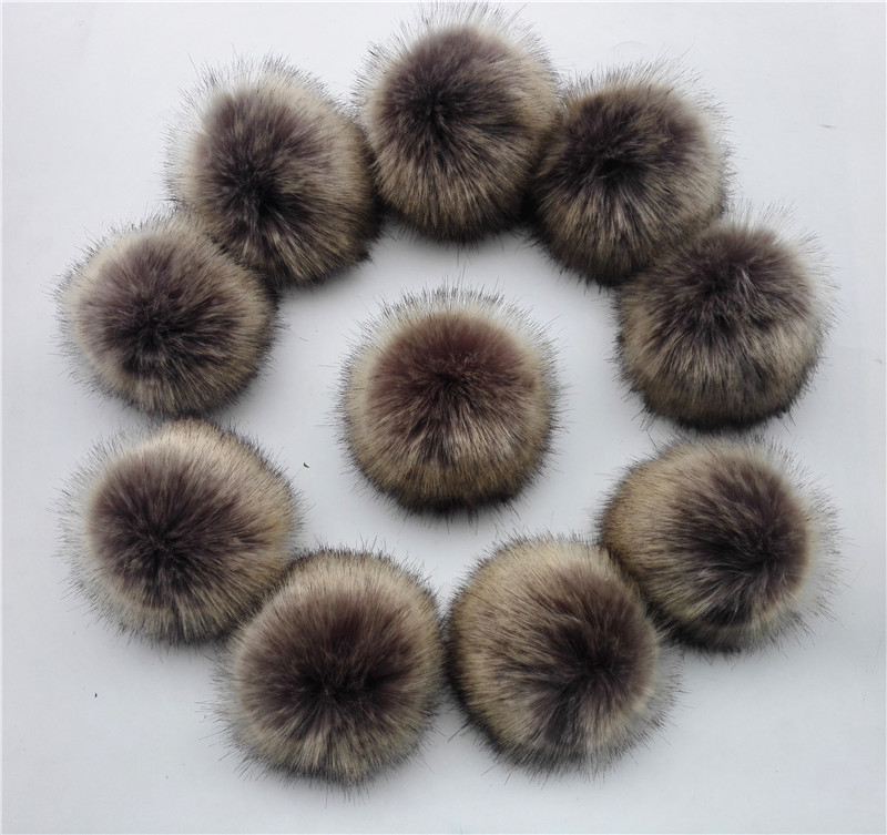 New 15pcs/lot Artificial Fluffy Resistant Polyester Fur Pom Pom Faux Fur Ball For Knitted Beanies Caps Hats Clothing Accessory