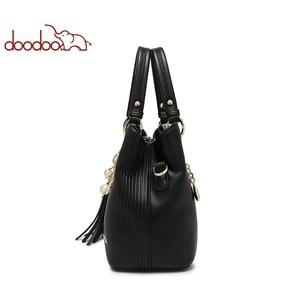 Image 4 - DOODOO المرأة بولي Leather حقيبة يد جلدية حمل حقيبة الإناث الكتف حقائب كروسبودي السيدات الأعلى مقبض حقيبة شرابة الإملائي اللون حقيبة ساع