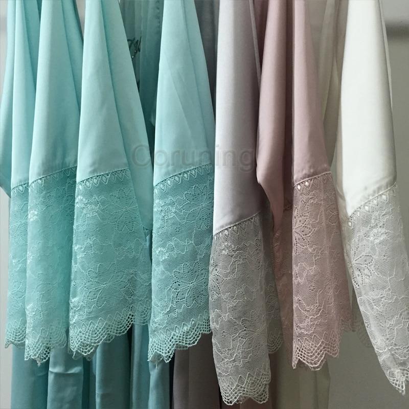 Camisones sexy de manga de encaje para mujer, batas de noche de talla grande para boda, kimono de seda satinada, albornoces femeninos, bridemaids, batas 2017 frente a la marca