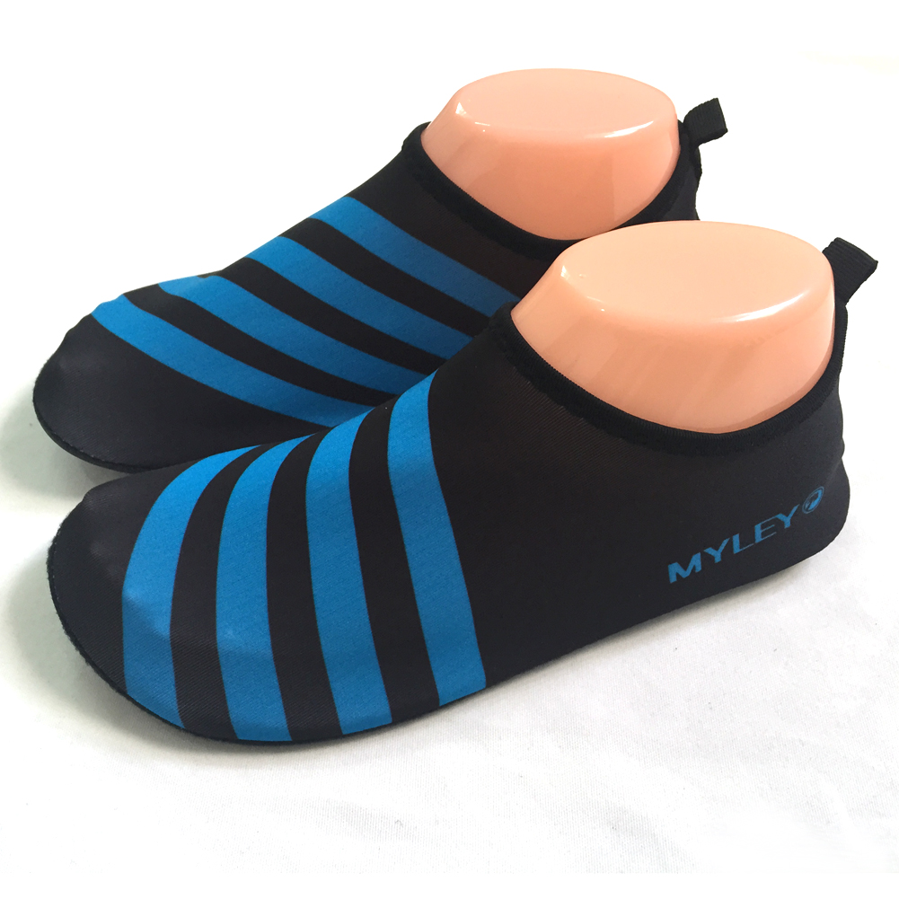 27bdb51070fe 2019 Unisex Water Sports Shoes Diving Fine Slip On Men Women Surf ...