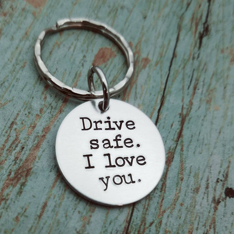 Stainless Steel I Hava A Hero I Call Hime Daddy Engraved Charm Keychains Key Ring For Couples Boyfriends Key Chain Gifts