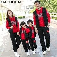 Winter Familie Bijpassende Outfits Vader Moeder kinderen Dikkere hoodies + lange broek + katoen Vest 3 stks warme familie kleding A62 27
