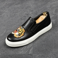 CuddlyIIPanda Brand New Arrival Men Fashion Loafers Print Tiger Embroidery Wedding Shoes Moccasins Male Homecoming Men Sneakers