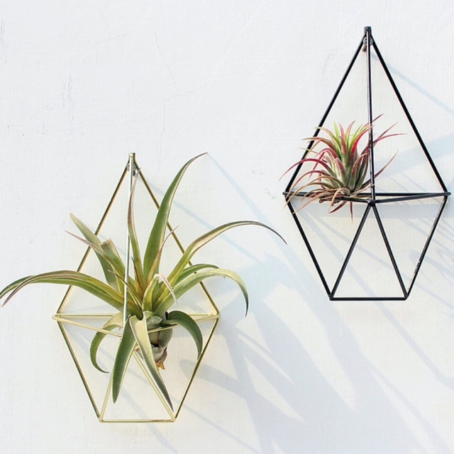 Hanging Planter Vase Geometric Wall Decor Container Metallic Pendants Mounted Flower Pots Decoration Soilless