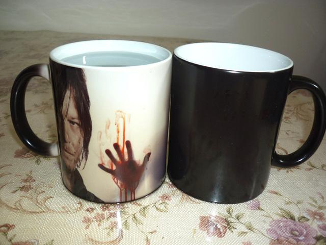 The Walking Dead Heat Sensitive Color Changing Mug