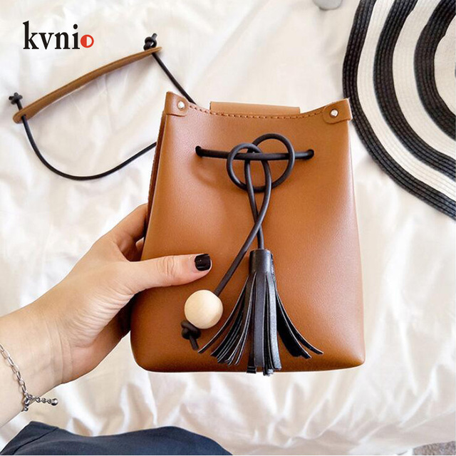 Mini Drawstring Flap Bag in Women's Crossbody Bag PU Leather Shoulder Sling Bags Ladies Green Wood beads Tassel Messenger Bags 2