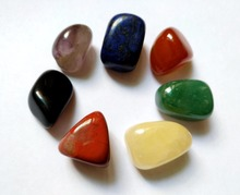 Conjunto de cristais 7 chakras polidos em formato irregular