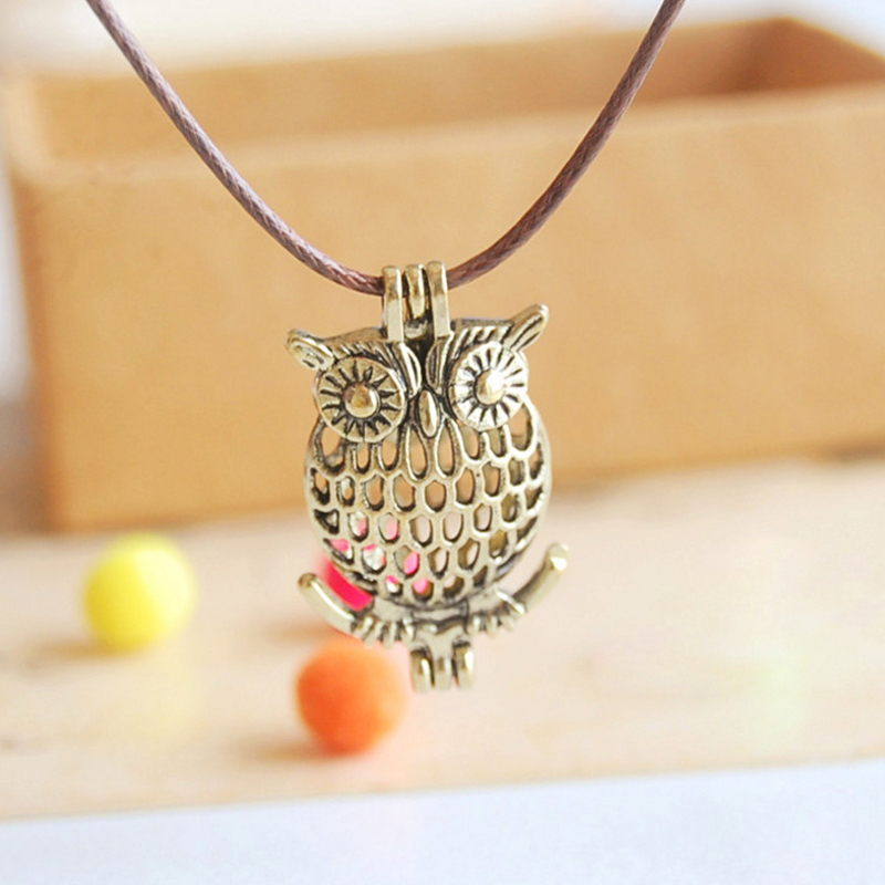 Foreign trade hot vintage owl mini essential oil aroma diffuser necklace can be opened