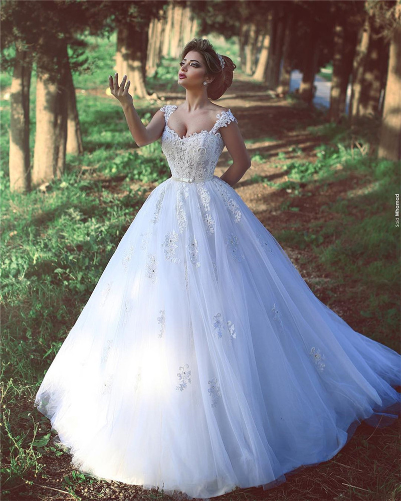 Sexy Lace Medieval Wedding Dress Robe De Mariage 2017 Long White Ivory Islamic Gowns Arabic Bridal Dresses Backless: Cheap Meval Wedding Dresses At Websimilar.org