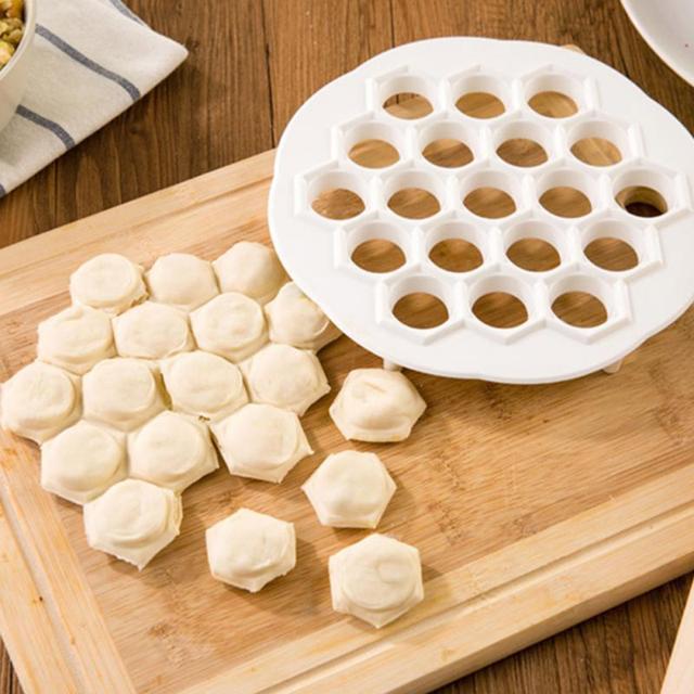 Кухня diy эко-быстро сделать пельмени инструмент jiaozi машина тесто инструмент пластиковые 19 отверстия пельмени чайник плесень