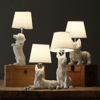 Beagle Pug Boston Dog Statue With LED Light Dog Desk Lamp Figurine Animal Art Sculpture Resin Craftwork Home Decorations R142