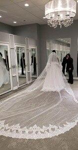 Image 5 - Hohe Qualität 5 Meter Ordentlich Sparkle Pailletten Spitze Rand 2T Hochzeit Schleier mit Kamm 5 M Lange Luxus 2 schichten Braut Schleier