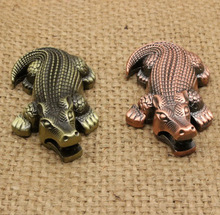 2016 Simulation Crocodile Butane Gas Refillable Metal Cigarette Lighter Random Color for Gift Collection Novelty