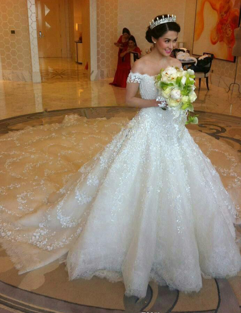 Luxury ball gown wedding dresses 2016 v neck lace see for Luxury ball gown wedding dresses