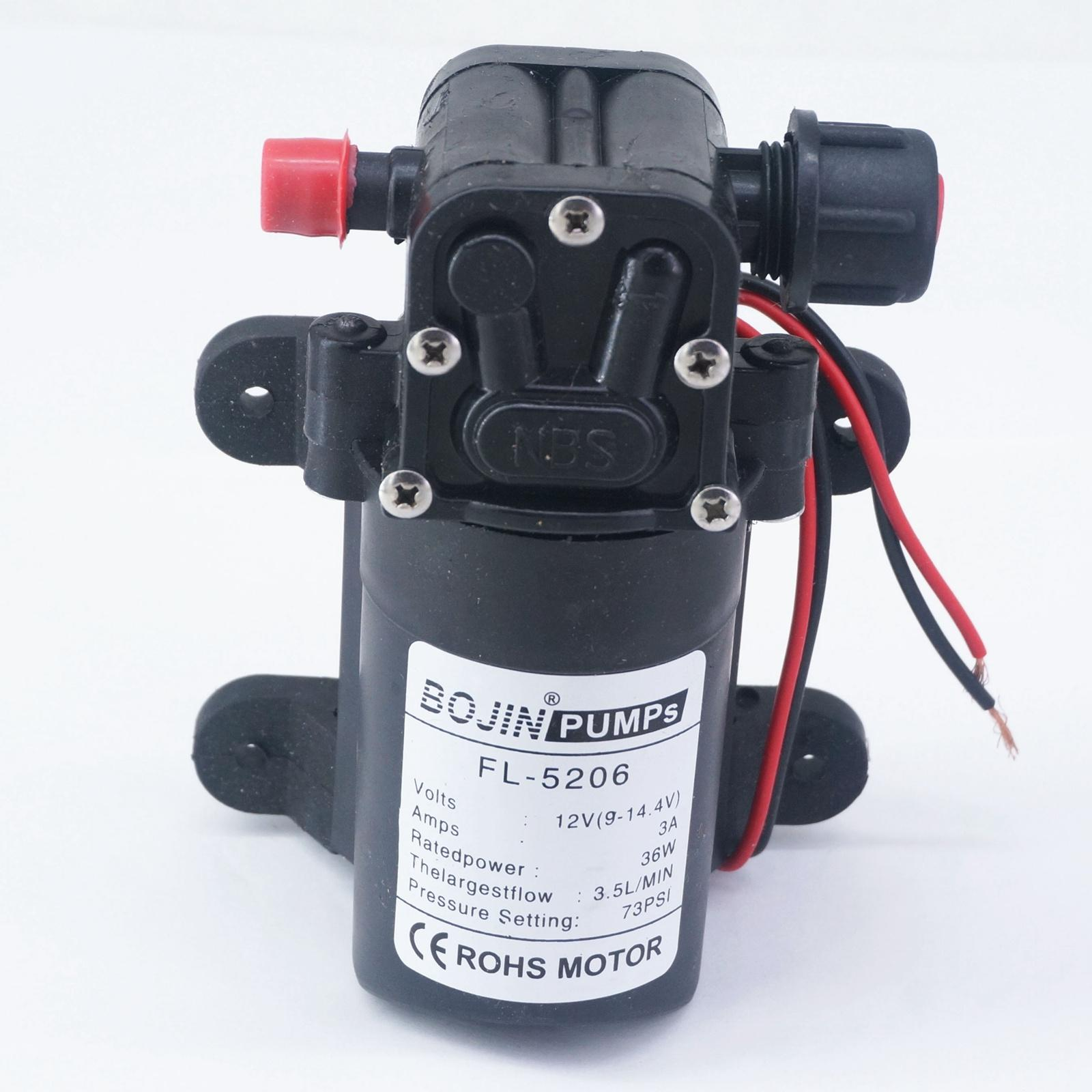 цена 12V DC Electric Mini Diaphragm pump self-priming booster pumnp for garden cooling car washer 3A 36W 210L/H T26