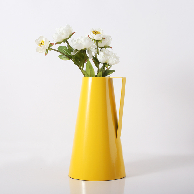 High Quality Modern Plain Design Metal Flower Pot Decorative Flower