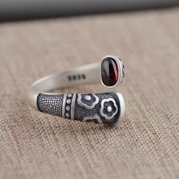 Engraved Silver Natural Gemstone Ring2