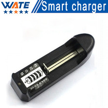 Free shipping US / EU 3.7V 18650 14500 16430 Battery Charger electronic cigarette charger lithium battery single charge
