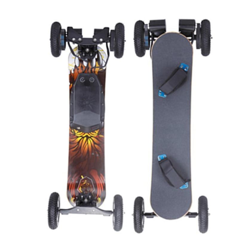 Planche à roulettes en bambou tout-terrain électrique de 4 roues en polyuréthane avec à télécommande