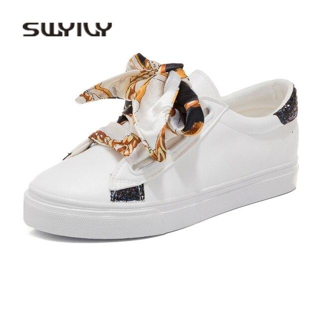 1e11ef0cc3b SWYIVY Tênis Branco Sapatos Slik Laço 2018 Primavera das Mulheres Flat  Sapatos Casuais Estudante Sapatos Femininos