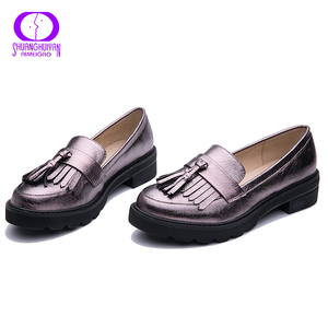 Image 5 - AIMEIGAO Spring Autumn Tassels Oxford Shoes Women Platform Slip on Shoes Women 2019 Shiny Round Toe Casual Leather Flats Shoes
